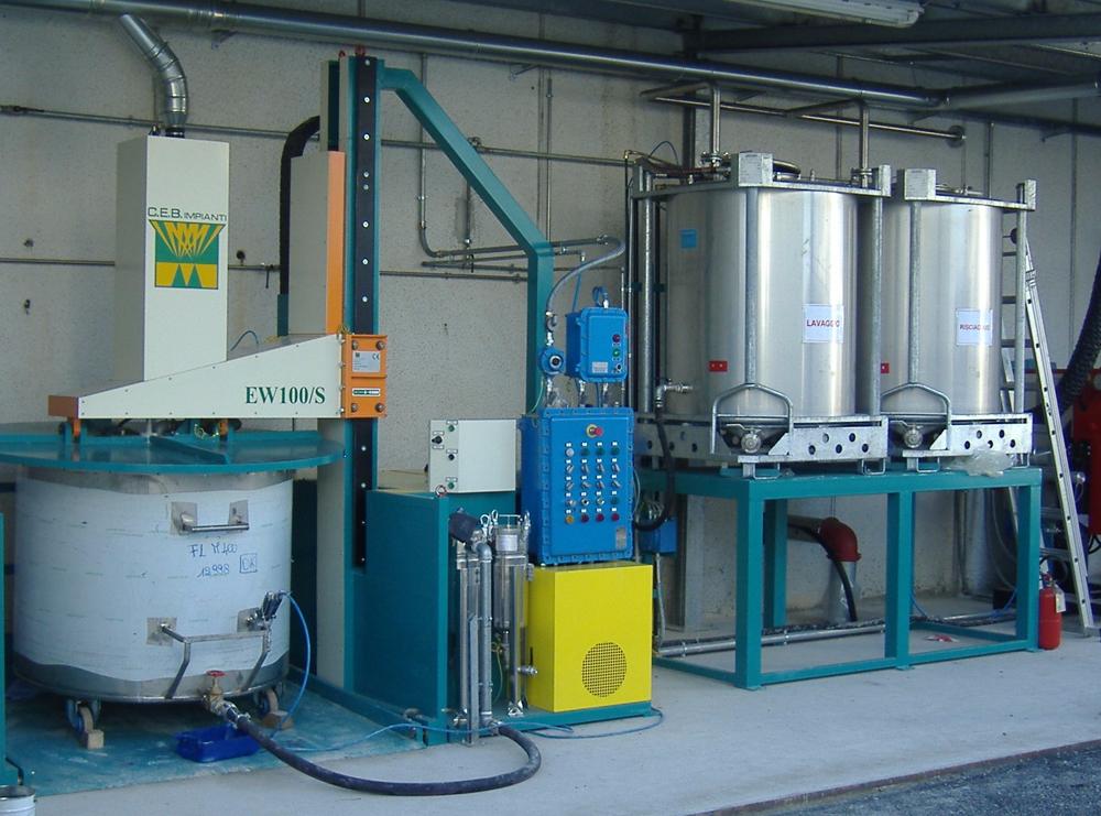 washing mixing vessels